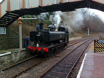 9681 taking water at Parkend