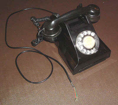 300 type telephone